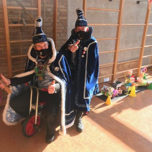 2021-klein-carnavalsoptocht-op-de-st.-jozefschool