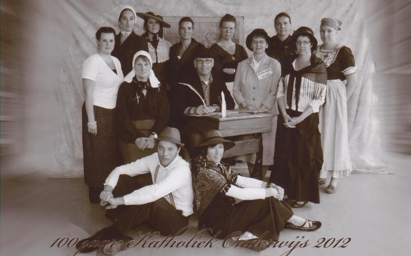 Team in actie 100 jaar 2012 001