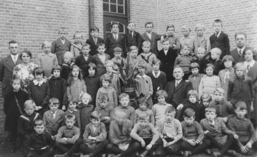 groepsfoto 1930A
