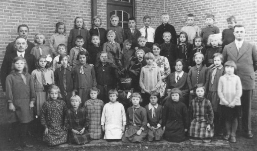 Groepsfoto 1930 B