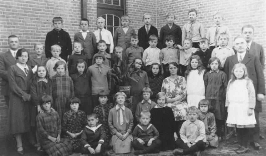 Groepsfoto 1930 C