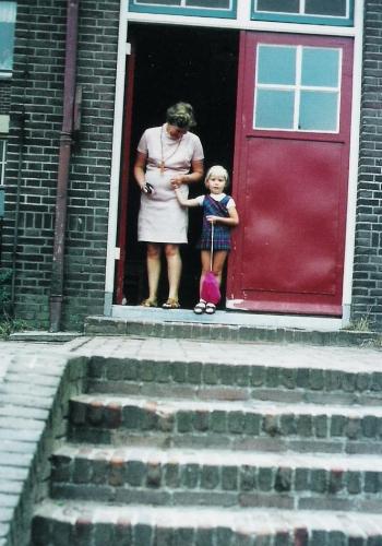 eerste kleuterschooldag locatie Huize St.Jozef 1969