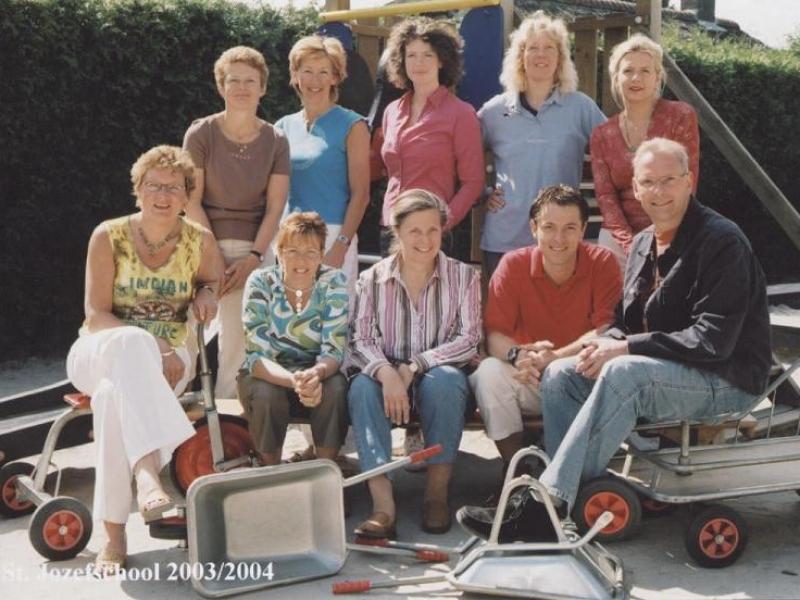 Teamfoto 2003 – 2004